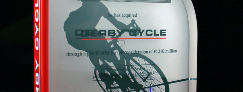acrylic deal toy for derby cycle